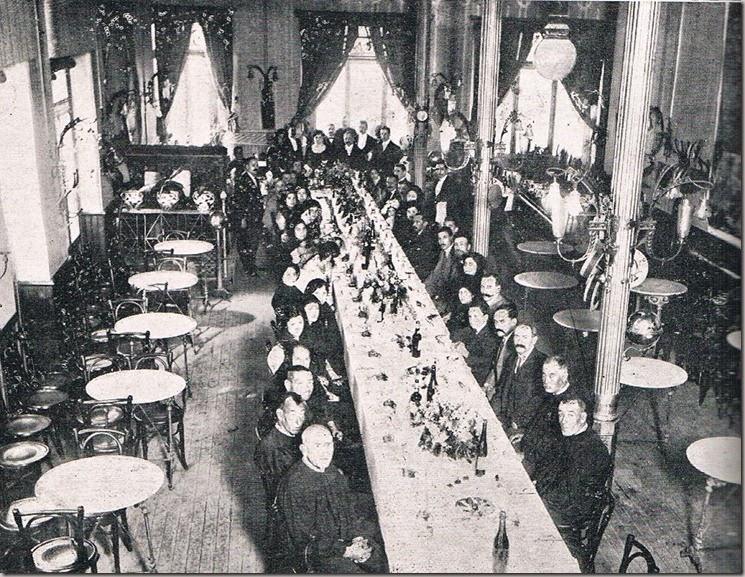 Café Fornos. 1911 (Revista Letras y Figuras, 1911).